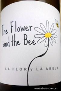 The Flower and de Bee 2012 18-06-2013 20-16-13